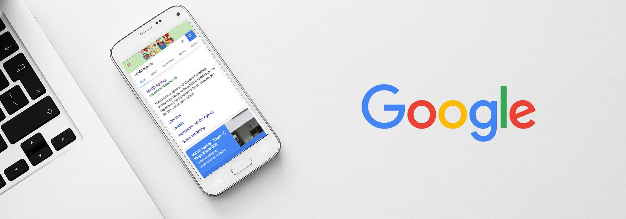 Smartphone mit Google-Suchseite